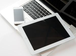 全客室とホテルパブリックスペースは無料でWi-Fi利用が可能です。