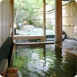 三 檜の内湯「山の辺の湯」貸切風呂