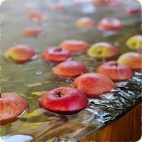 冬の名物「りんご風呂」