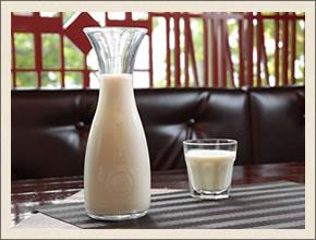 小松屋の豆乳