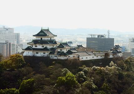 和歌山城・市街を見渡す、高層ホテル