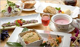 旬の食材満載のコース料理
