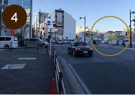 交差点の右角に「藤沢ゲートパーク」があります。