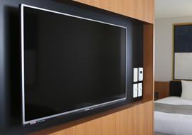 ハイビジョン液晶テレビ