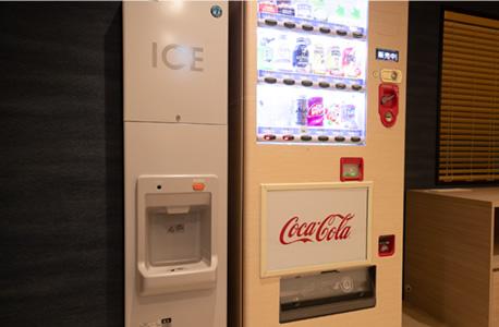 3F 自動販売機