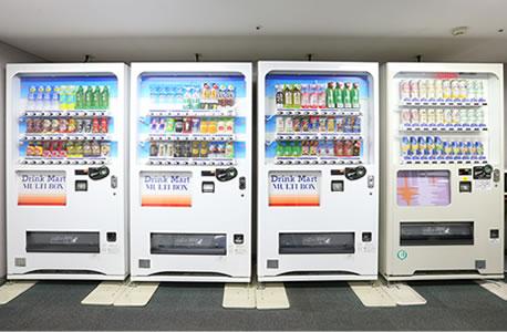 6F 自動販売機