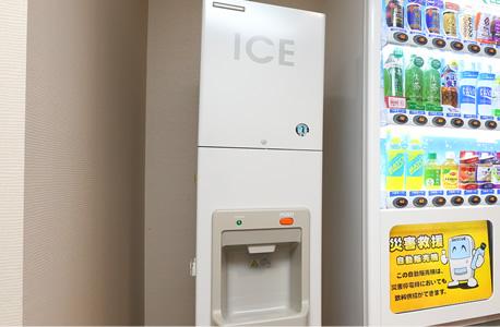 2F 製氷機