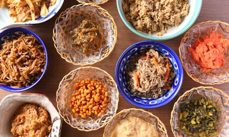 郷土料理の小鉢各種