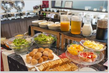 和洋バイキングの朝食
