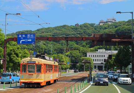 市内電車「大街道駅」より徒歩約1分の好アクセス!