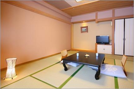 和室 (10畳) 本館